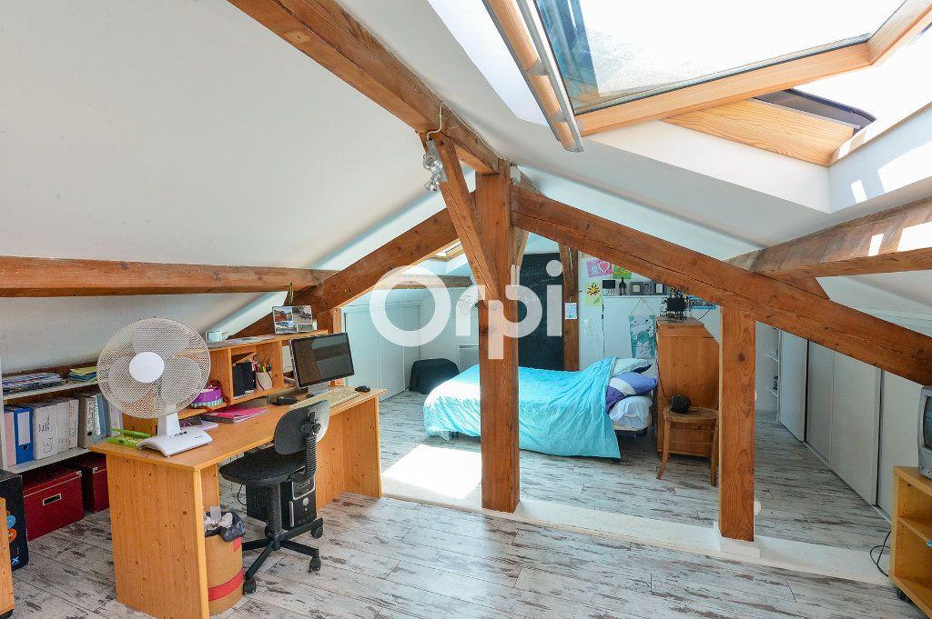 Maison à vendre 4 114m2 à Bény vignette-9