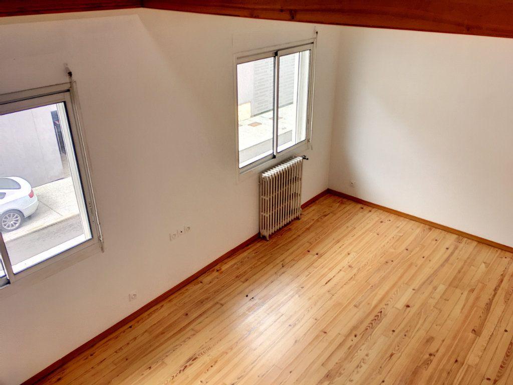 Appartement à vendre 4 95.08m2 à Pau vignette-3