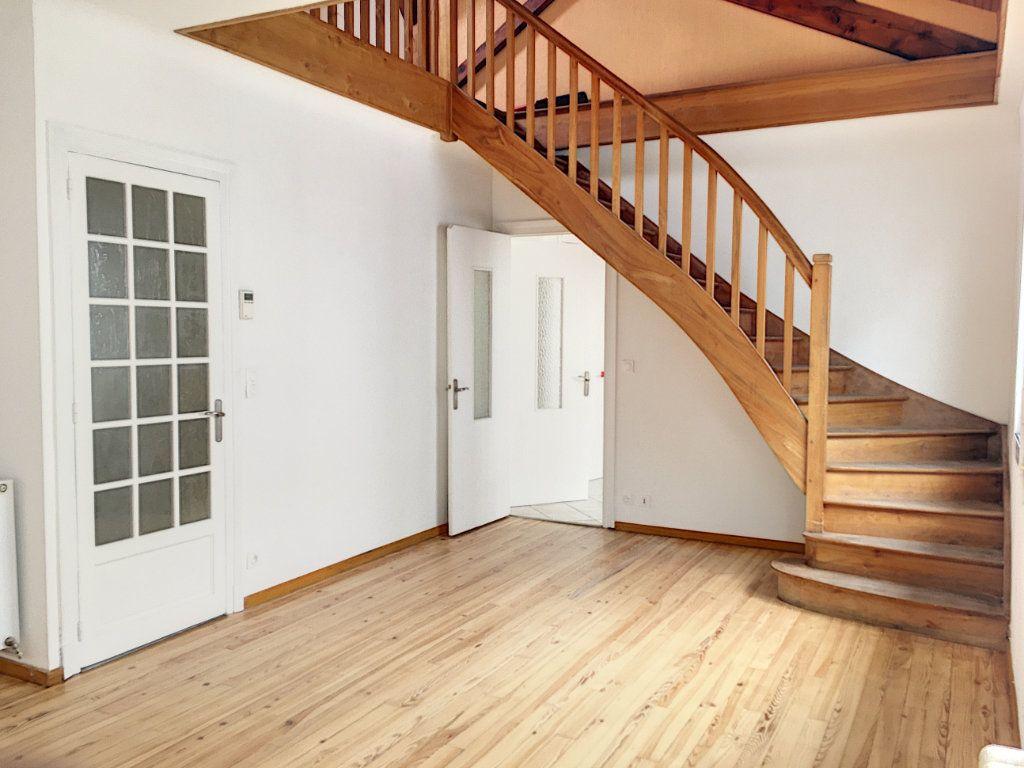 Appartement à vendre 4 95.08m2 à Pau vignette-9