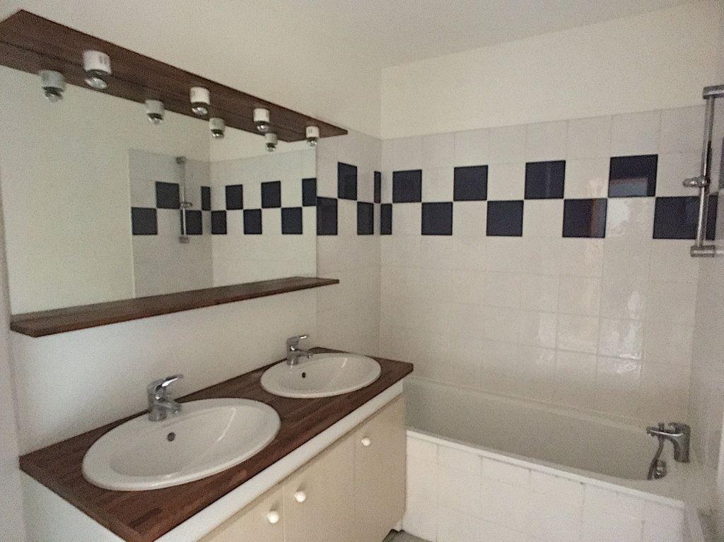 Appartement à vendre 4 82m2 à Pau vignette-7