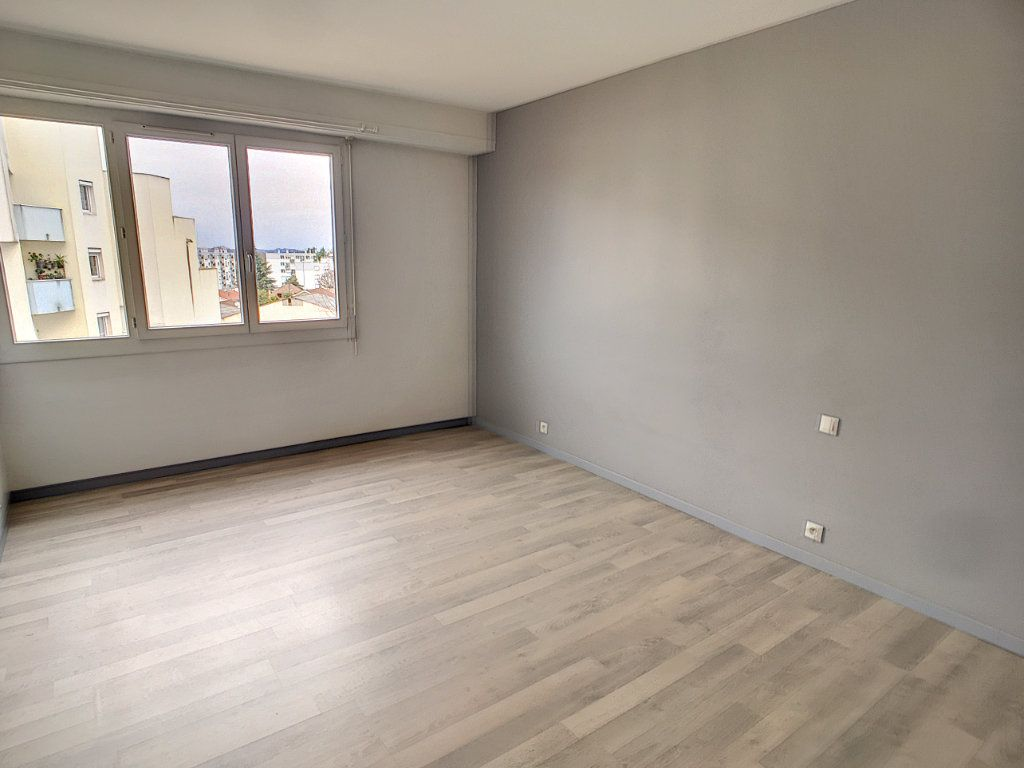 Appartement à vendre 4 89m2 à Pau vignette-3