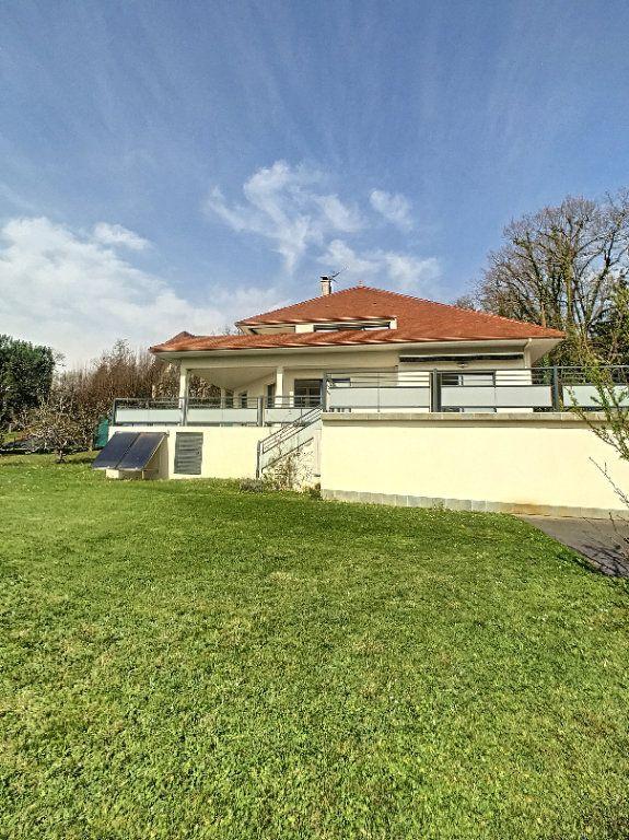Maison à vendre 7 240m2 à Morlaàs vignette-1