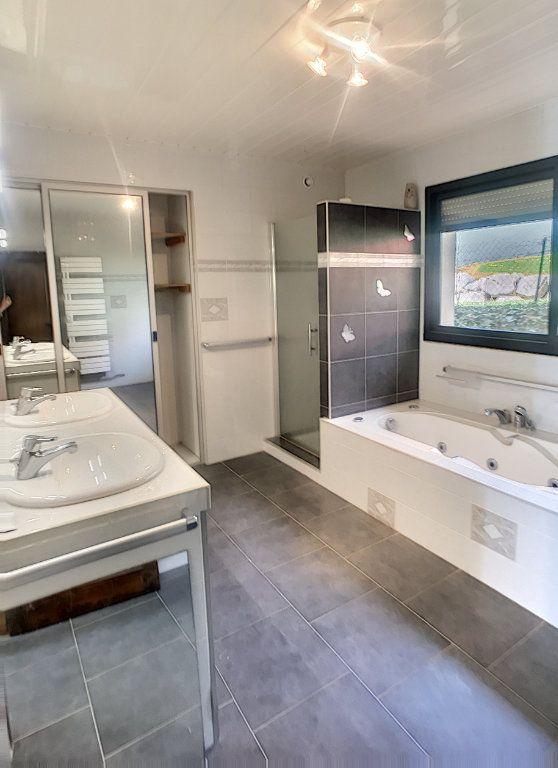 Maison à vendre 7 240m2 à Morlaàs vignette-6