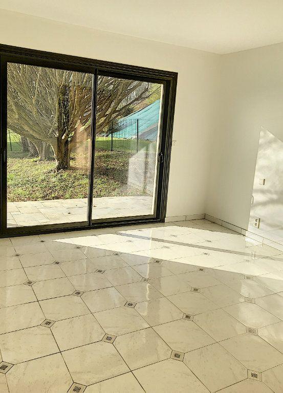 Maison à vendre 7 240m2 à Morlaàs vignette-10