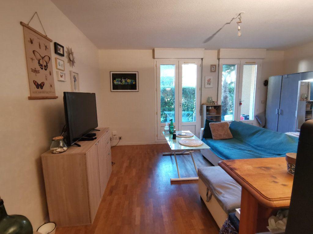 Appartement à vendre 1 32m2 à Pau vignette-1