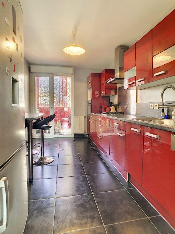 Appartement à vendre 5 95m2 à Pau vignette-2