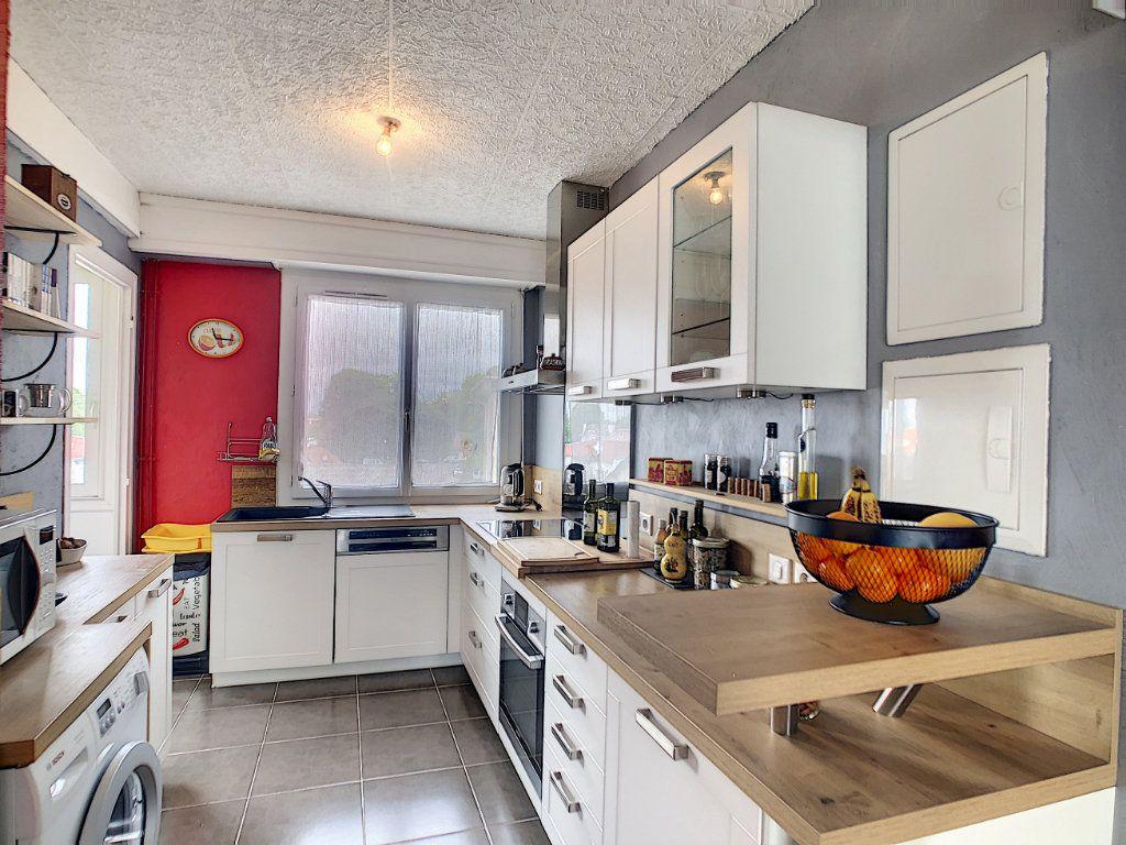 Appartement à vendre 4 72m2 à Pau vignette-2