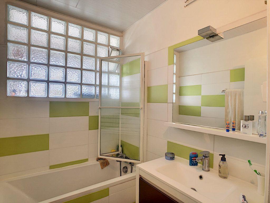 Appartement à vendre 4 72m2 à Pau vignette-6