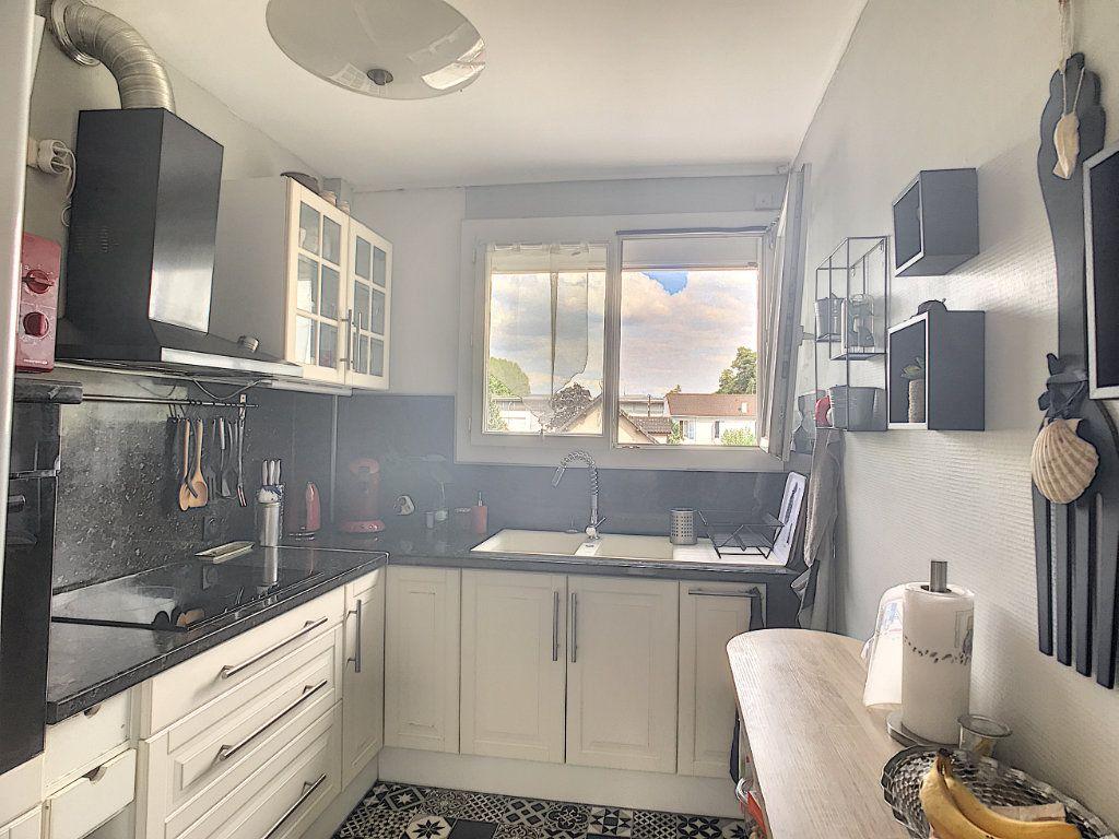 Appartement à vendre 3 71.82m2 à Pau vignette-5