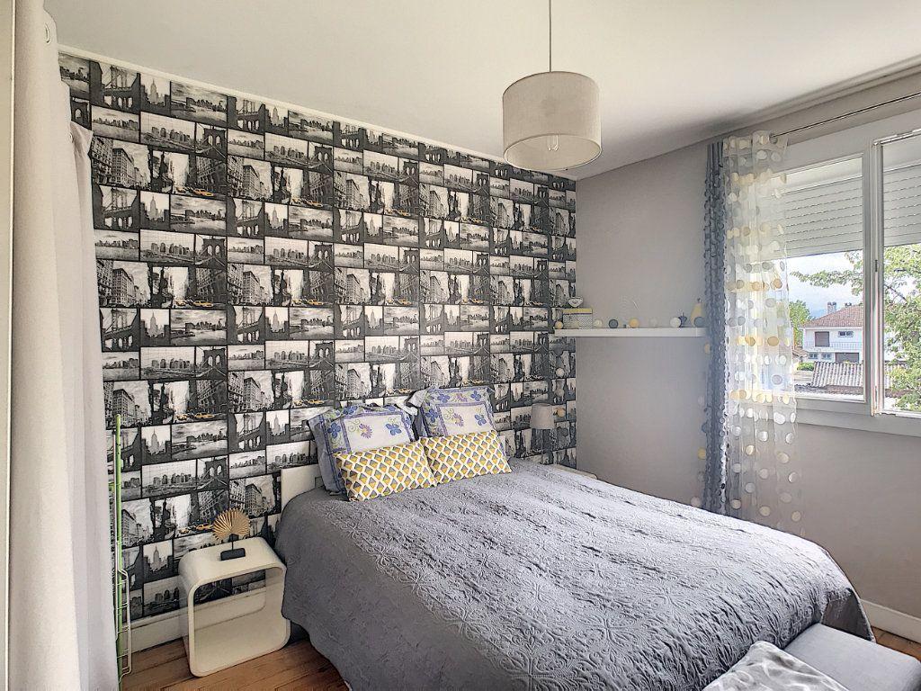 Appartement à vendre 3 71.82m2 à Pau vignette-6