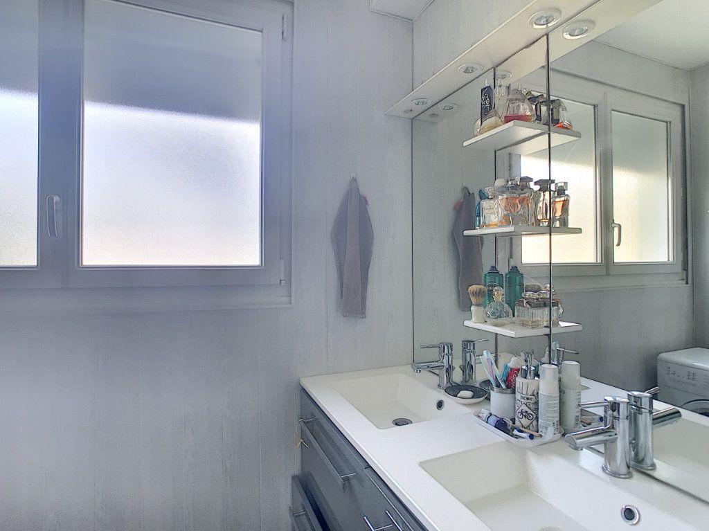 Appartement à vendre 3 71.82m2 à Pau vignette-9