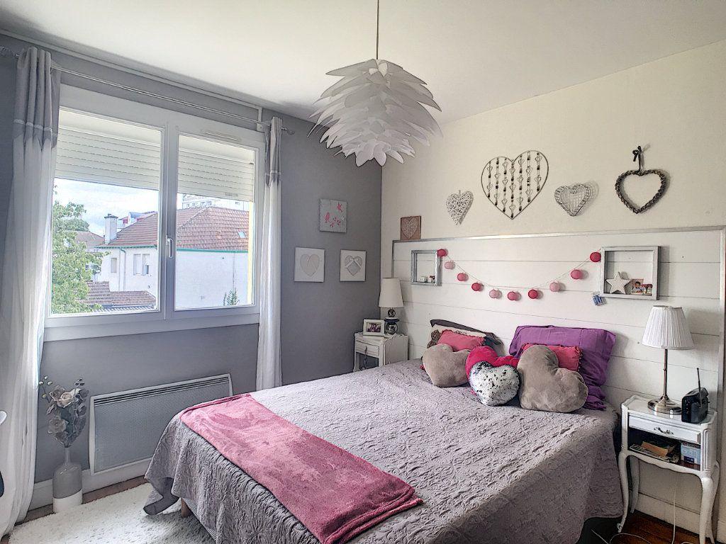 Appartement à vendre 3 71.82m2 à Pau vignette-10