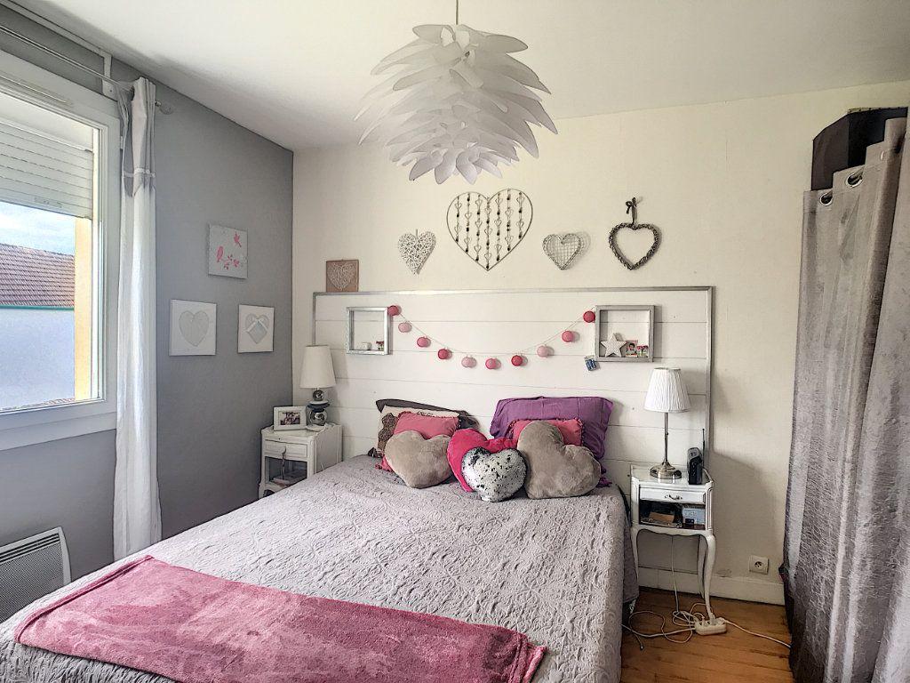 Appartement à vendre 3 71.82m2 à Pau vignette-11