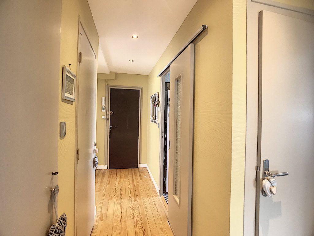 Appartement à vendre 3 71.82m2 à Pau vignette-12