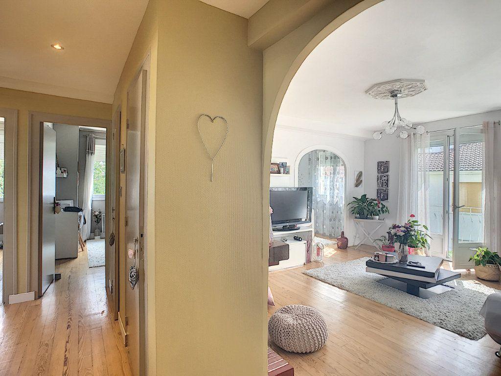 Appartement à vendre 3 71.82m2 à Pau vignette-13