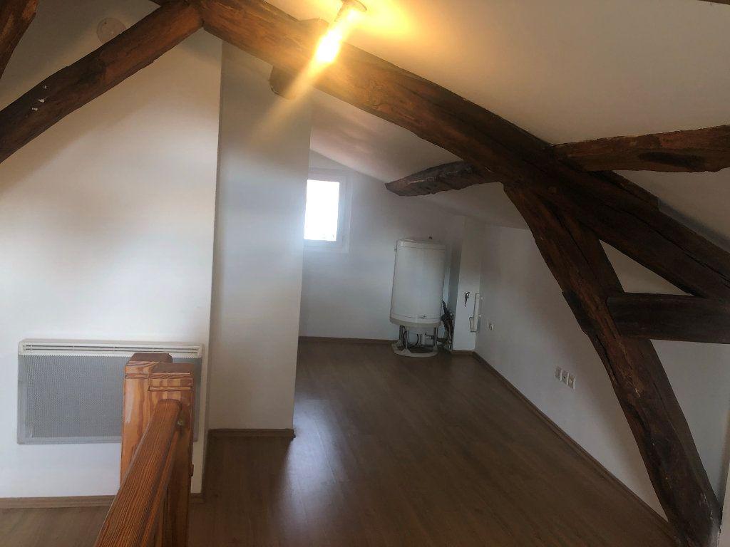 Appartement à louer 2 30.39m2 à Châbons vignette-2
