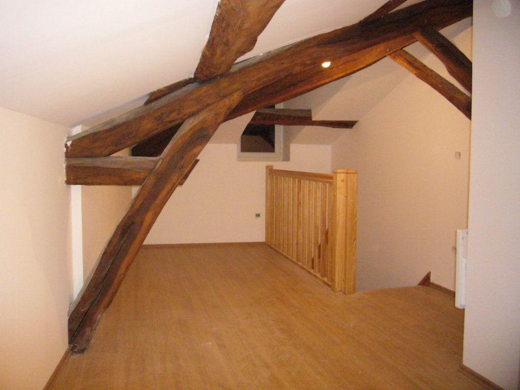 Appartement à louer 2 30.39m2 à Châbons vignette-3