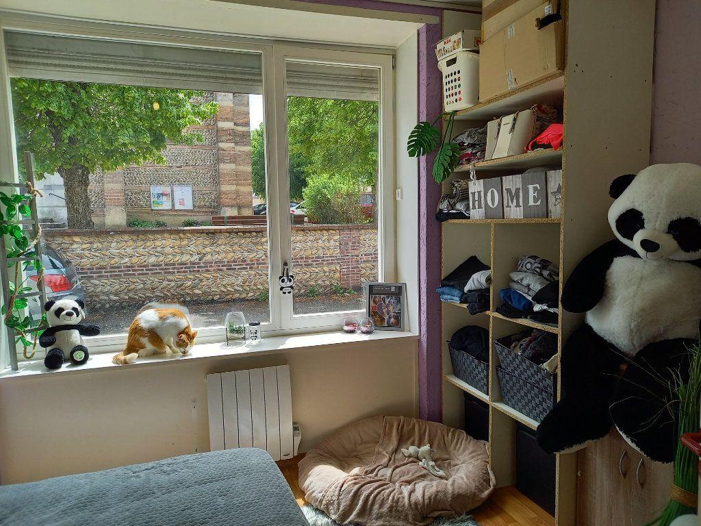 Appartement à louer 3 65.5m2 à Saint-Étienne-de-Saint-Geoirs vignette-7