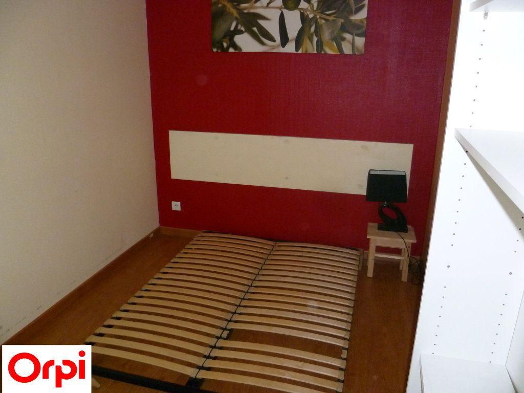 Appartement à louer 2 51m2 à Grenoble vignette-3