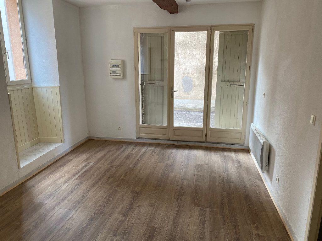 Appartement à louer 2 31.02m2 à La Côte-Saint-André vignette-2
