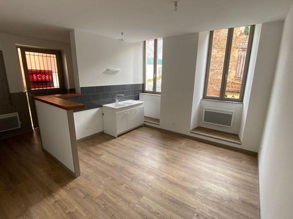 Appartement à louer 3 54.47m2 à La Côte-Saint-André vignette-1