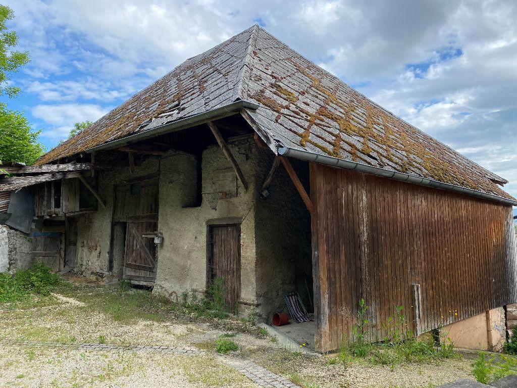 Maison à vendre 7 198m2 à Saint-Étienne-de-Saint-Geoirs vignette-13