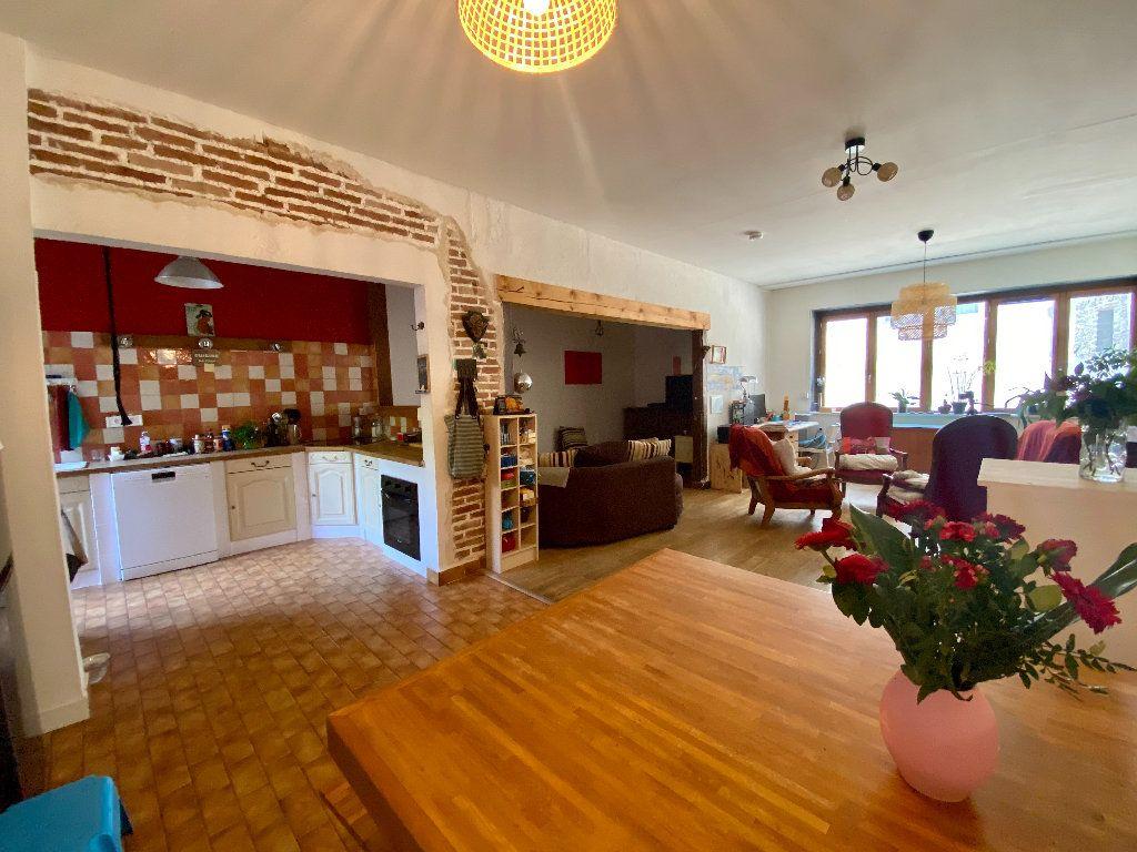 Maison à vendre 5 158m2 à Saint-Étienne-de-Saint-Geoirs vignette-2