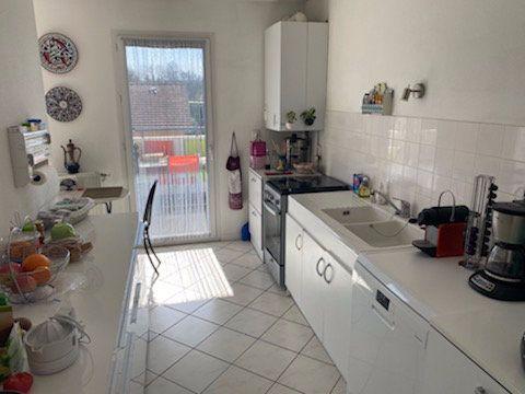 Appartement à vendre 5 103m2 à Saint-Étienne-de-Saint-Geoirs vignette-4