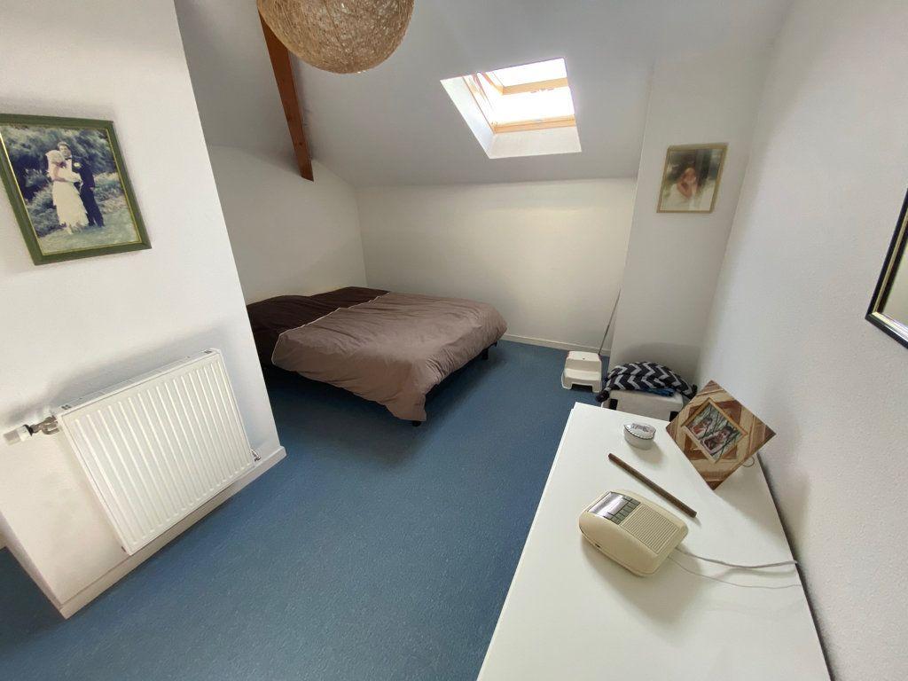 Appartement à vendre 5 103m2 à Saint-Étienne-de-Saint-Geoirs vignette-7