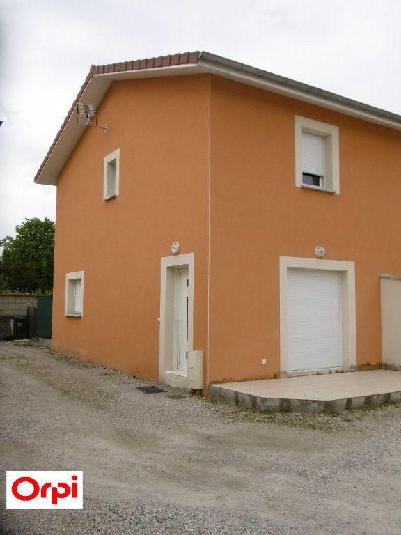 Maison à vendre 3 70m2 à Beaurepaire vignette-1