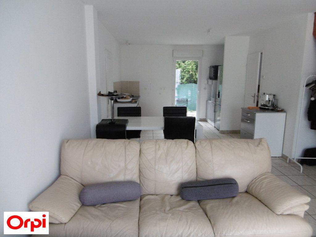 Maison à vendre 3 70m2 à Beaurepaire vignette-3