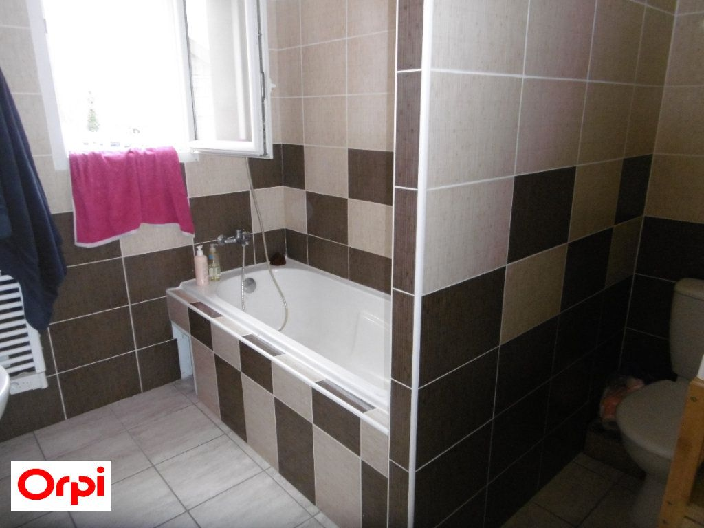 Maison à vendre 3 70m2 à Beaurepaire vignette-5