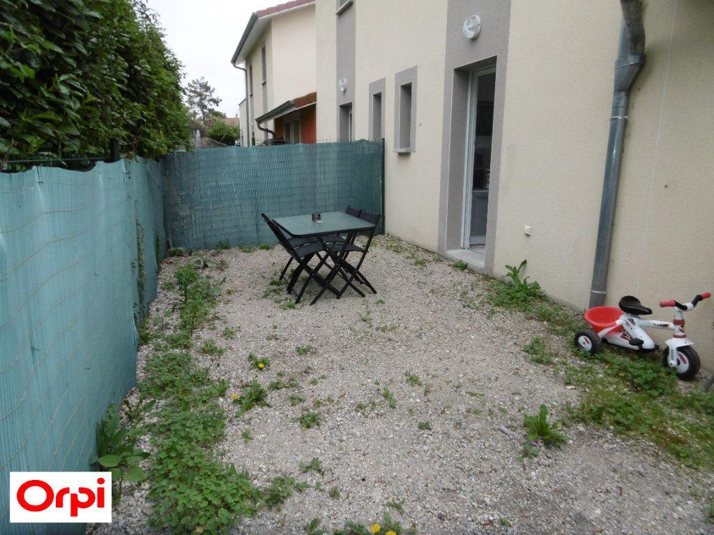 Maison à vendre 3 70m2 à Beaurepaire vignette-6