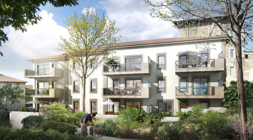 Appartement à vendre 2 42.15m2 à La Côte-Saint-André vignette-1