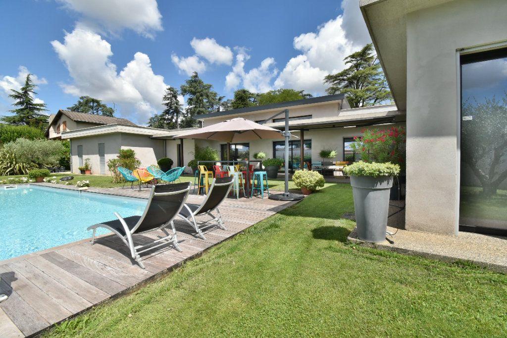 Maison à vendre 8 200m2 à Romans-sur-Isère vignette-4