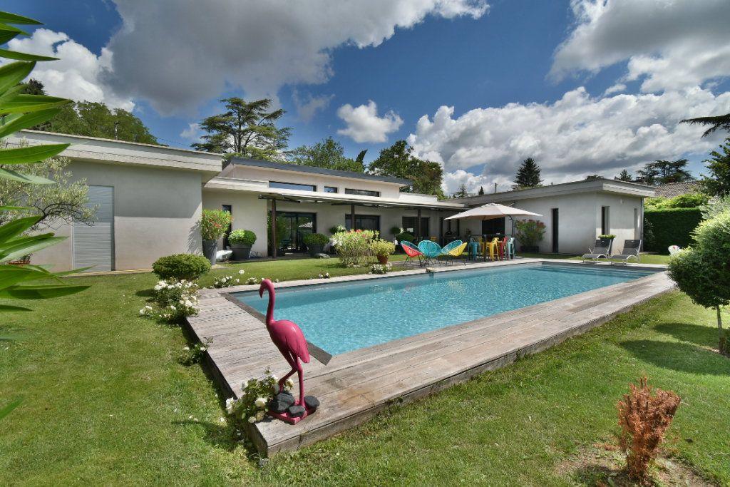 Maison à vendre 8 200m2 à Romans-sur-Isère vignette-10