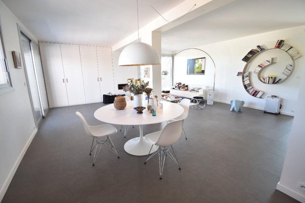 Maison à vendre 6 210m2 à Romans-sur-Isère vignette-3