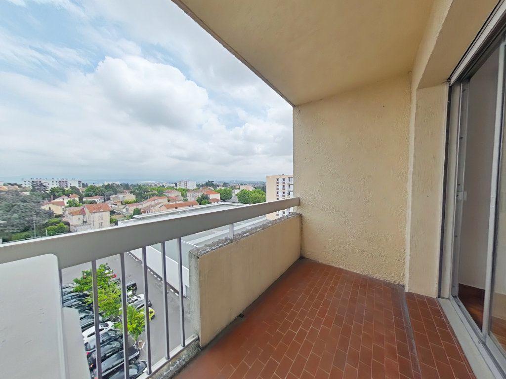 Appartement à louer 5 109m2 à Romans-sur-Isère vignette-5