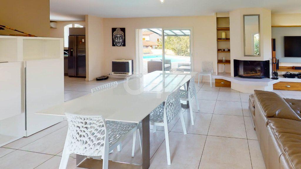 Maison à vendre 8 190m2 à Romans-sur-Isère vignette-5