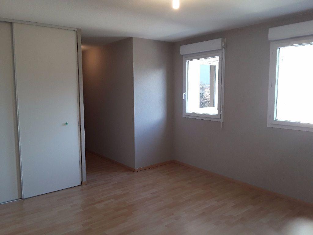 Appartement à vendre 4 93m2 à Romans-sur-Isère vignette-4
