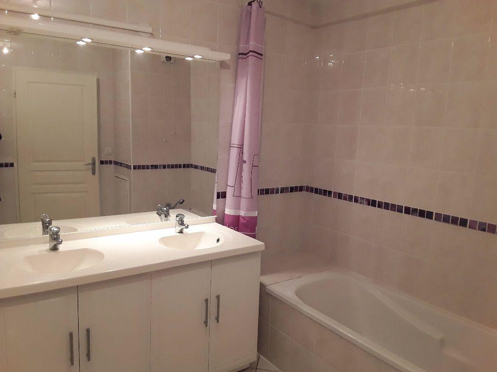 Appartement à vendre 4 93m2 à Romans-sur-Isère vignette-6