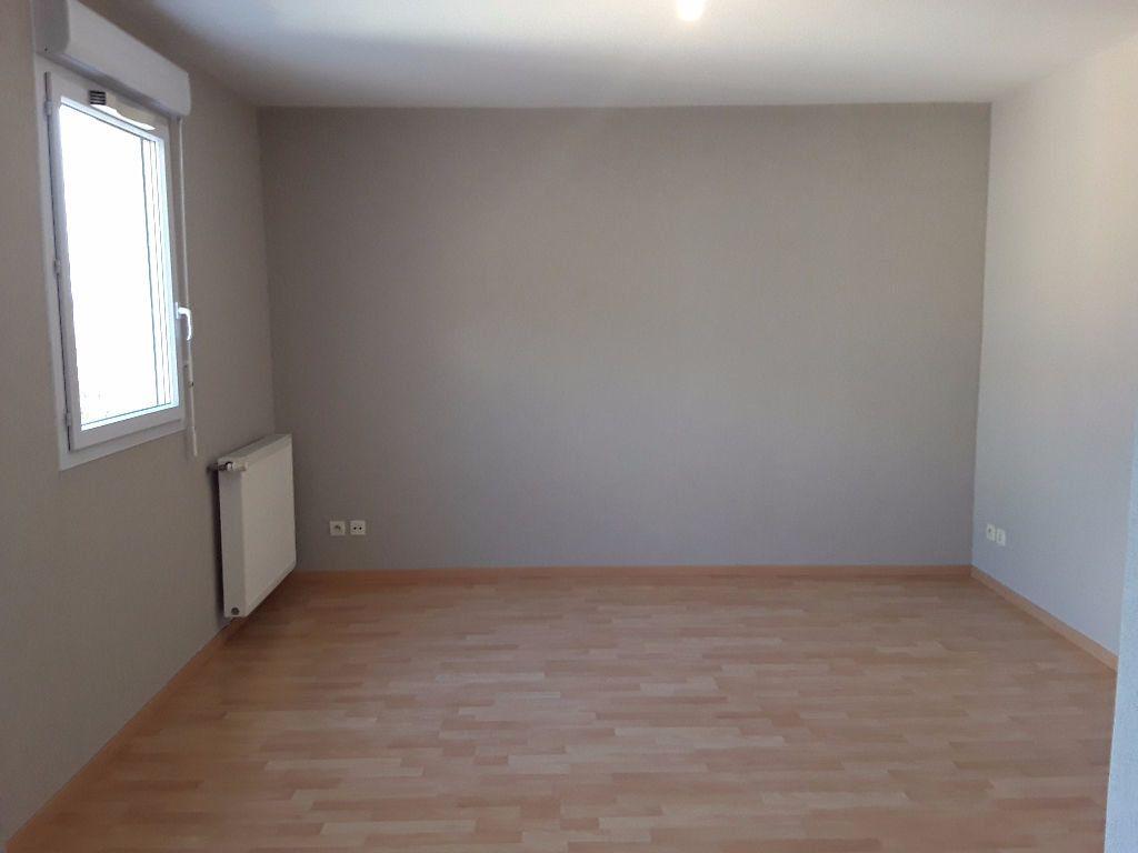 Appartement à vendre 4 93m2 à Romans-sur-Isère vignette-8