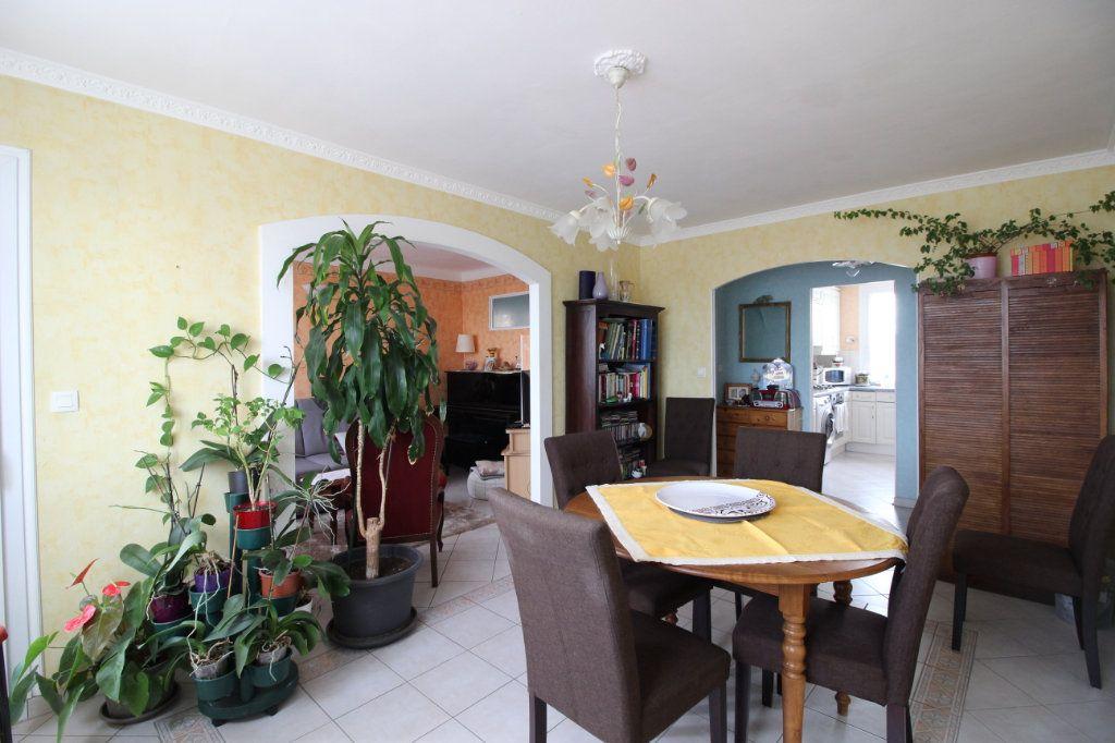 Appartement à vendre 3 71m2 à Montélimar vignette-5