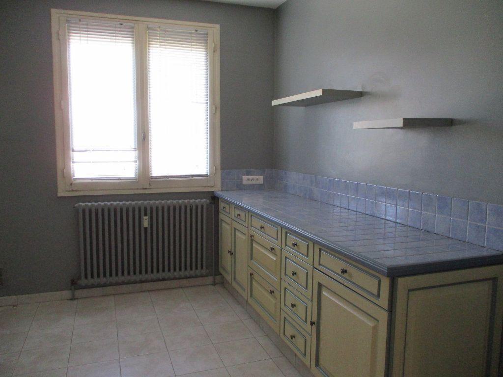 Appartement à vendre 3 75m2 à Montélimar vignette-7