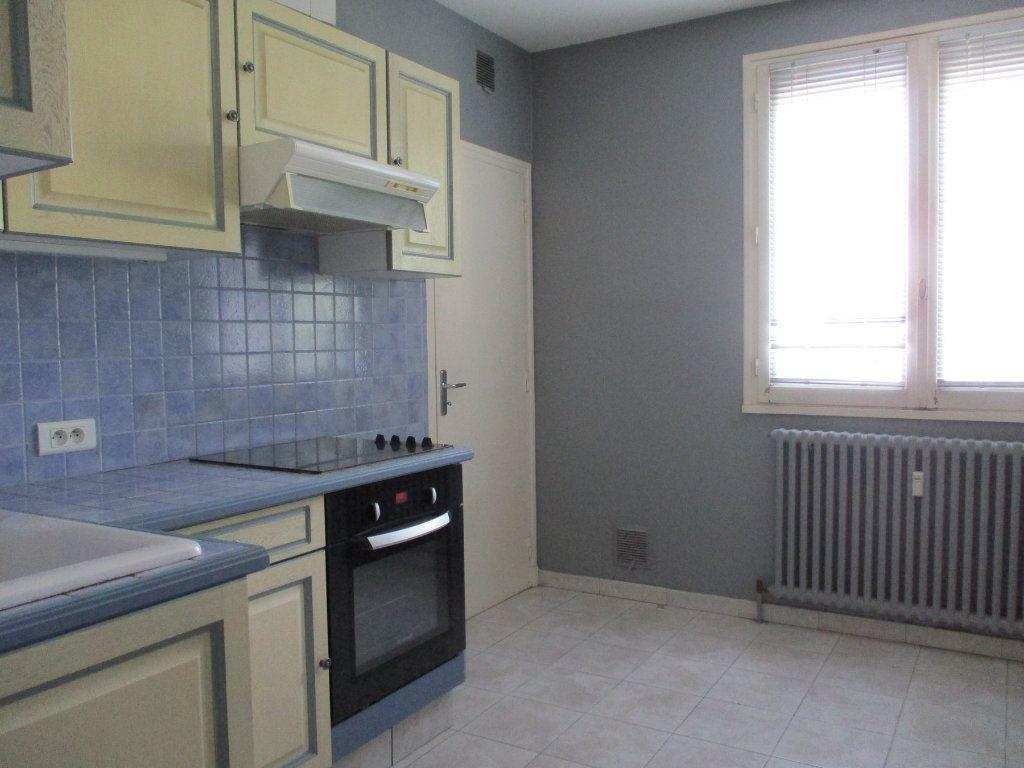 Appartement à vendre 3 75m2 à Montélimar vignette-8