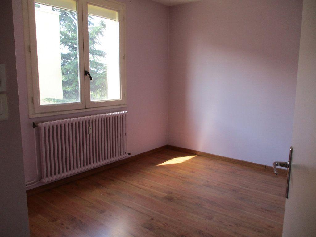 Appartement à vendre 3 75m2 à Montélimar vignette-10