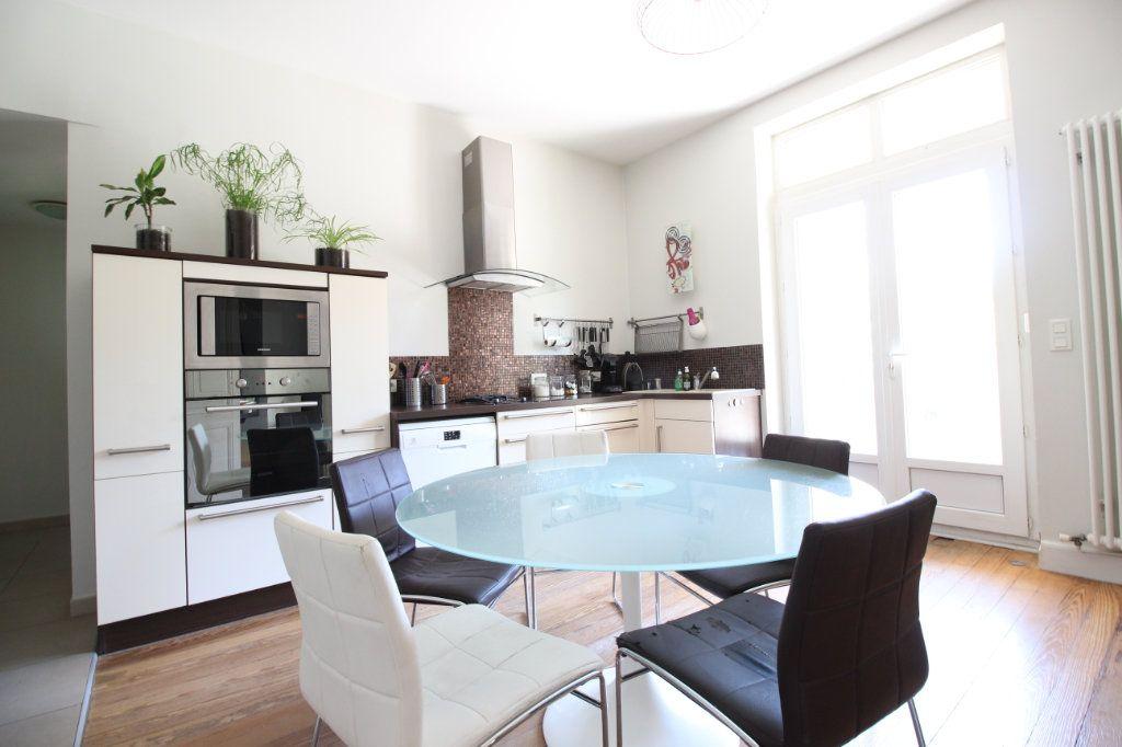 Maison à vendre 5 130m2 à Montélimar vignette-6