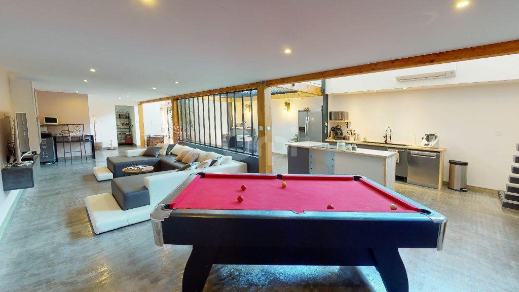Maison à vendre 5 215m2 à Montélimar vignette-2