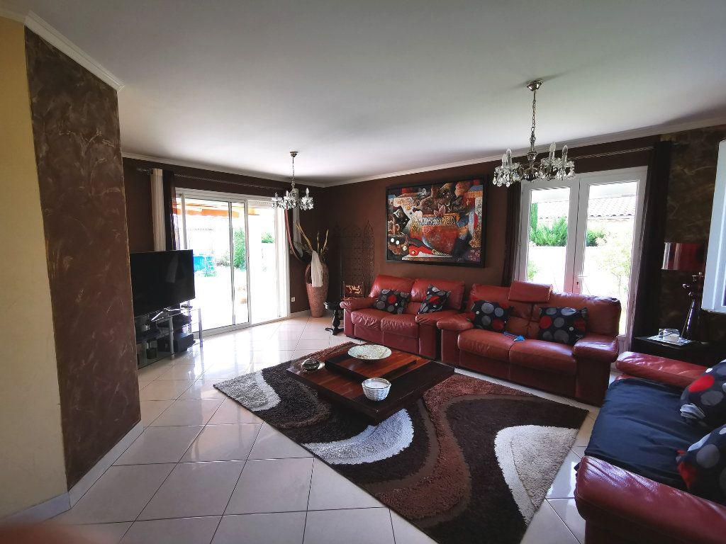 Maison à vendre 7 170m2 à Montélimar vignette-6