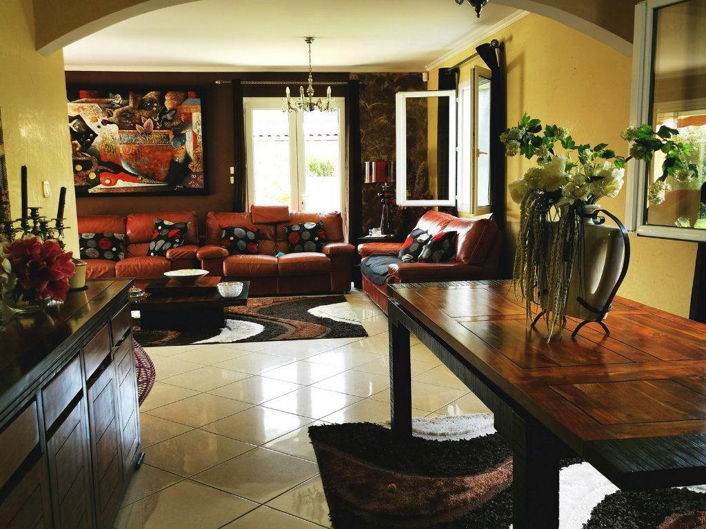 Maison à vendre 7 170m2 à Montélimar vignette-7